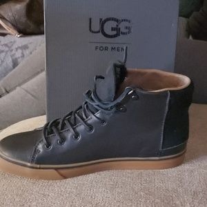 Brand new uggs,leather